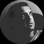 pixelostudio - studio de conseil et de création graphique lionel-portrait